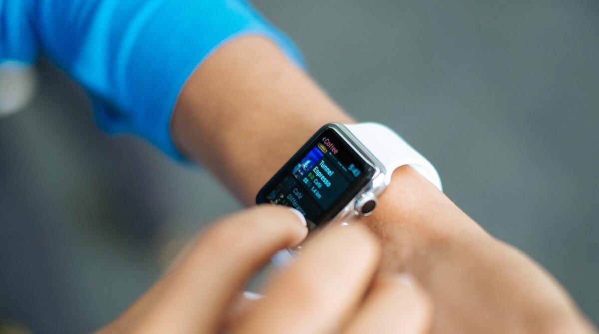 Бум аксессуаров для смартфонов, смарт-часов и фитнес-браслетов